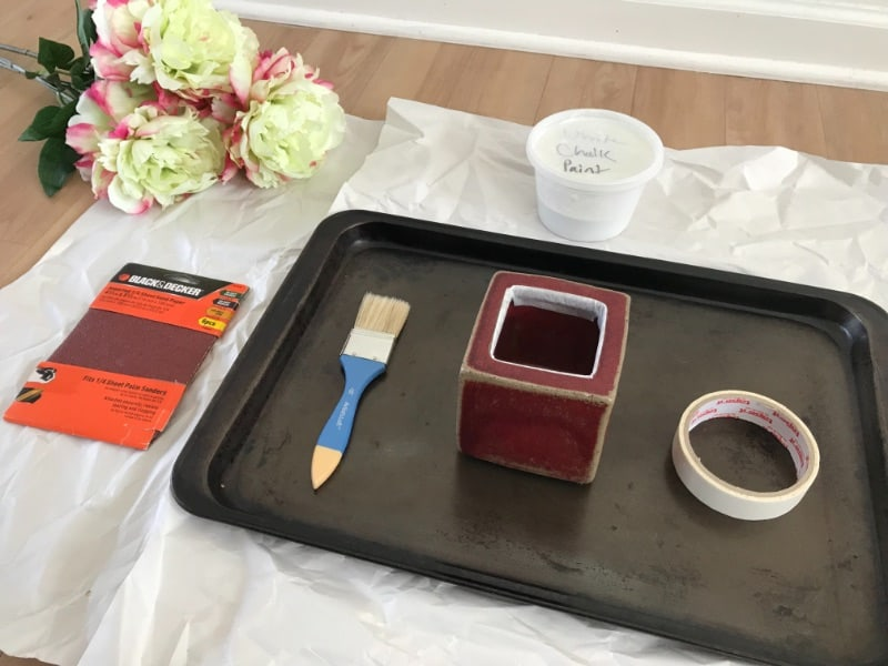 Supplies to chalk paint glazed ceramics on a tray