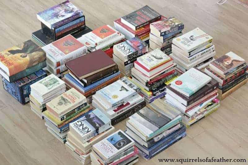 Decluttering books guide with KonMari method
