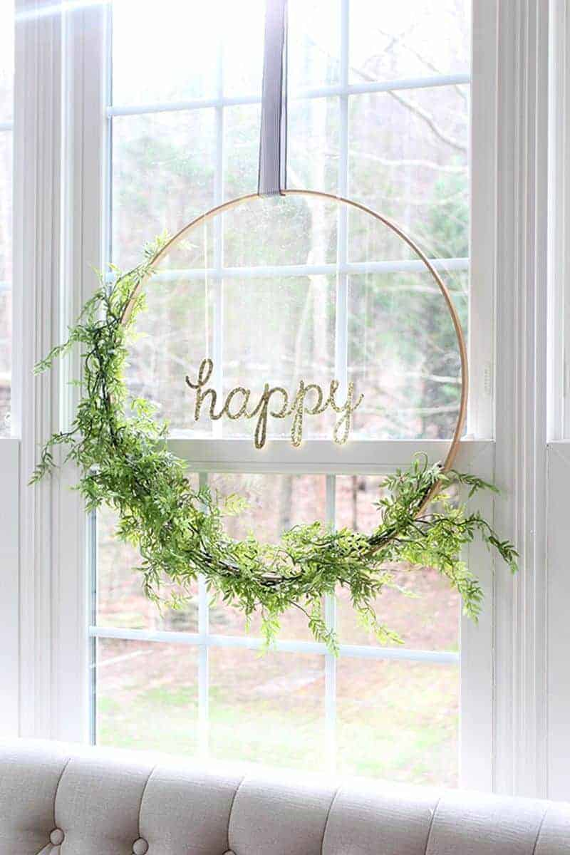 Pretty spring minimalist hoop wreath