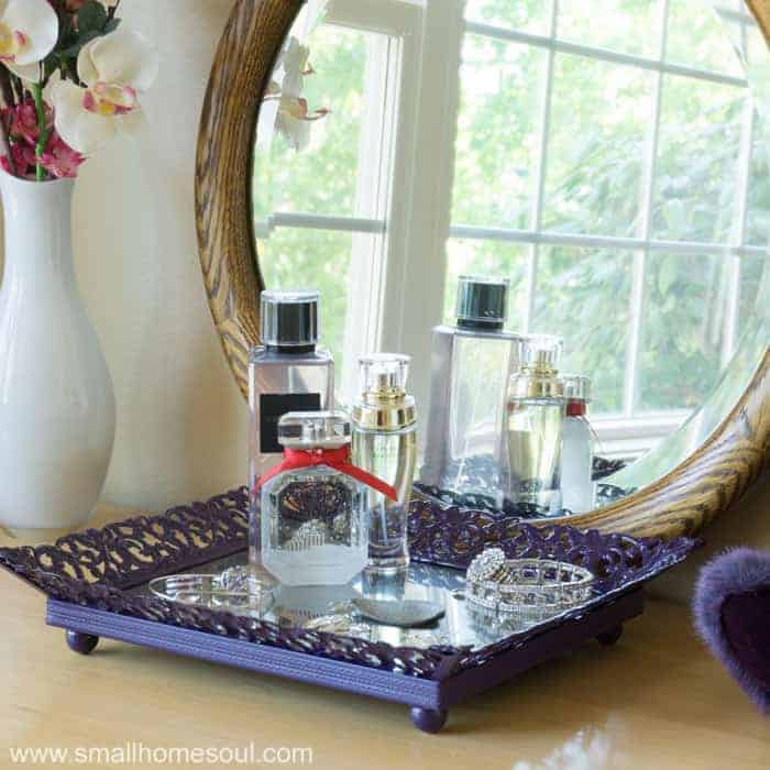 DIY mirrored jewelry tray from picture frame.