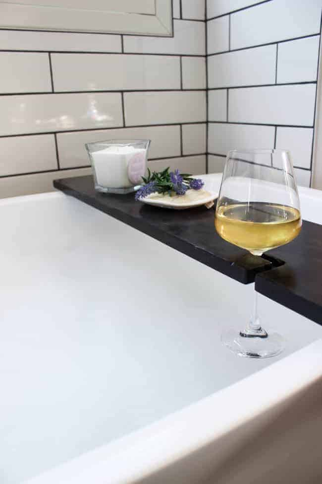 DIY wood bath table with wine holder