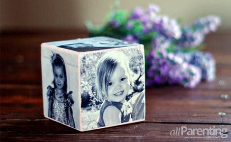 DIY photo block made of wood cube
