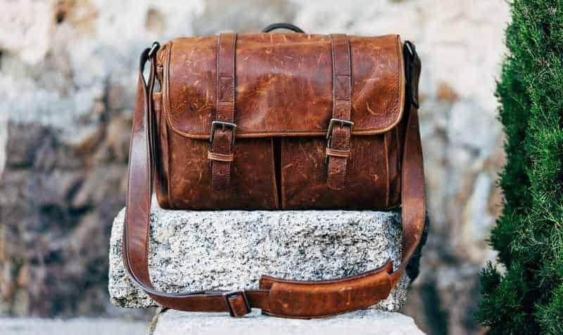 A trendy DIY camera bag