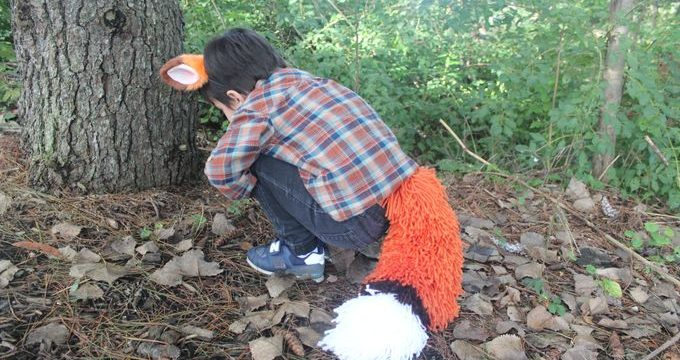 DIY Chunky Yarn Fox Tail Costume