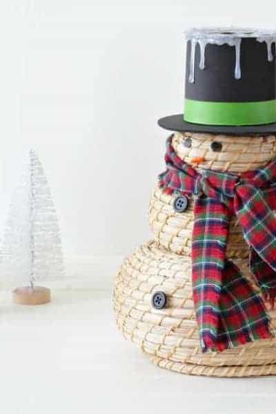 Adorable Snowman Craft Using IKEA Baskets