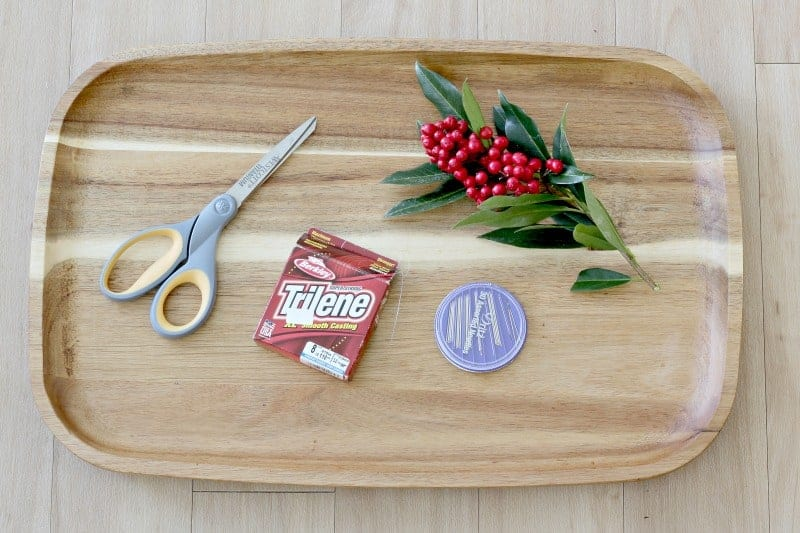 Tools to decorate wooden tree