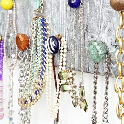 Stunning DIY Necklace Holder to Organize Your Jewelry!