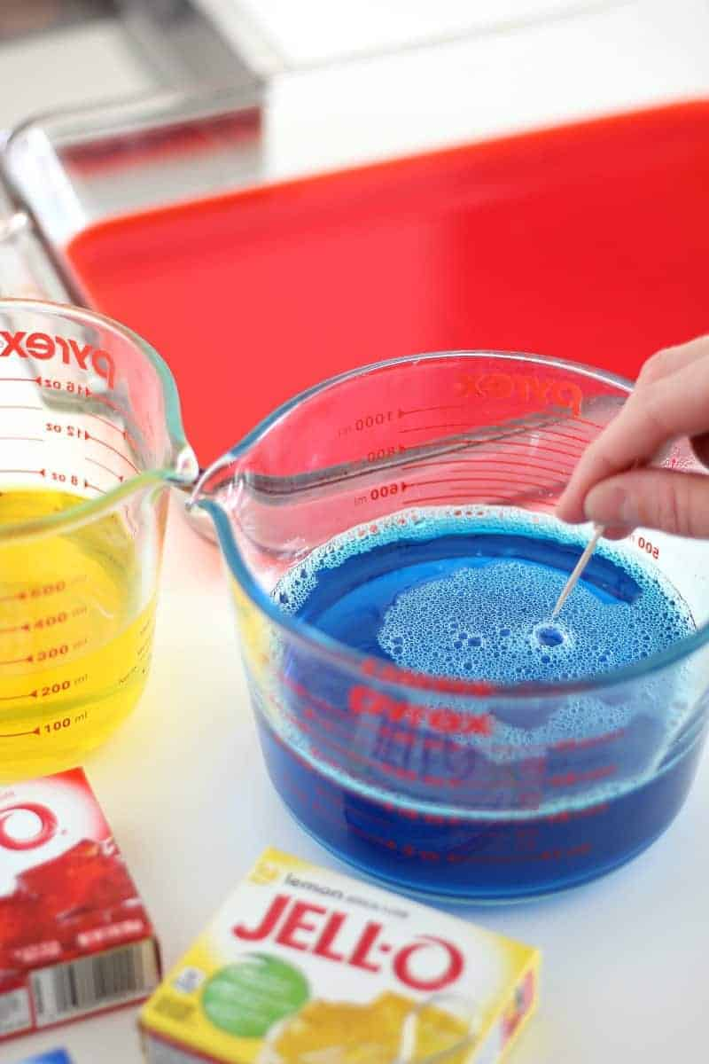 Popping bubbles in Jello