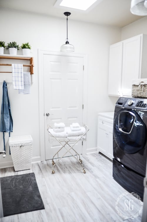 A black and white laundry room